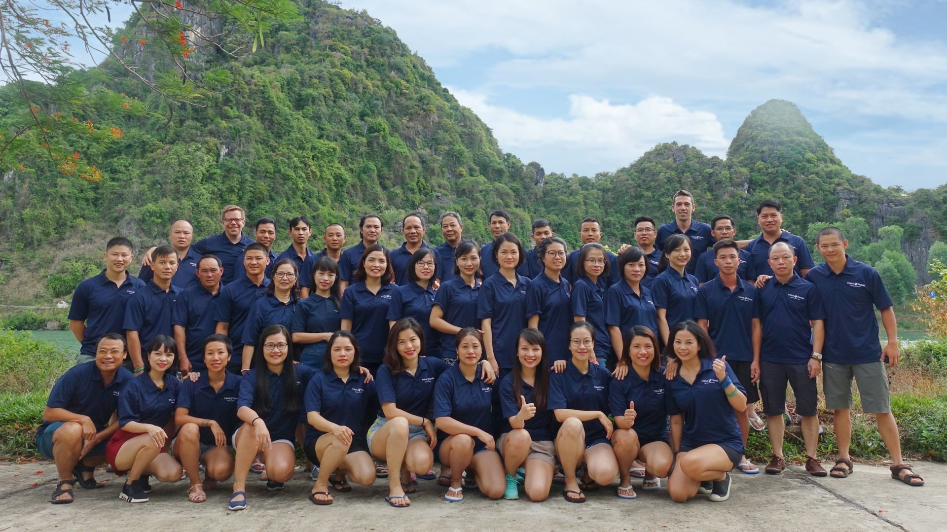 Topas Travel Team Vietnam