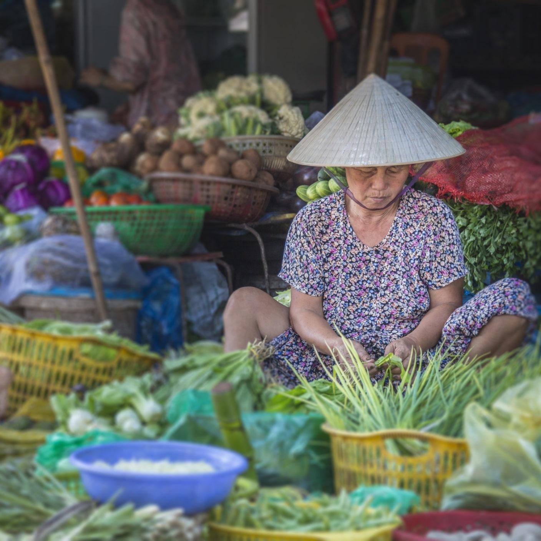 Hue Travel - Market Tours